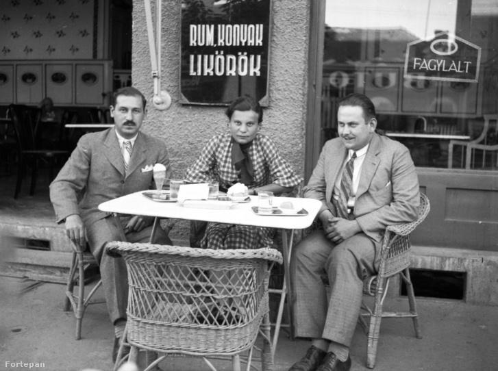 A Kádár cukrászda a szolnoki Szapáry utcában 1935-ben