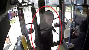 Hitte volna, hogy a 214-es buszon emberkedő egyik férfi más miatt már előzetesben ül?