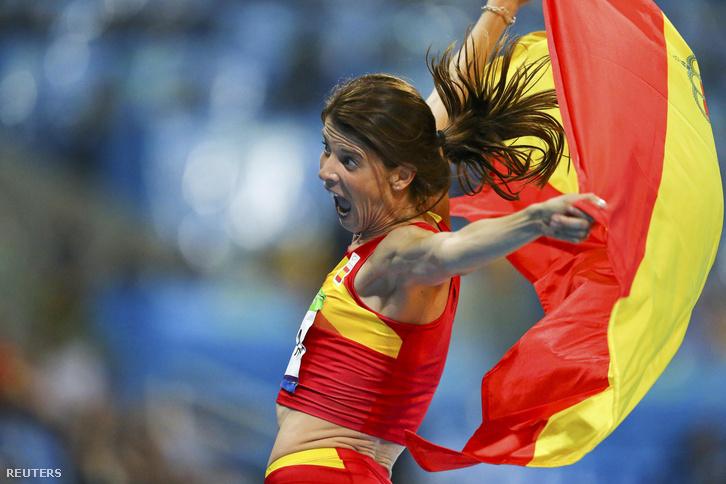 A 37 éves Ruth Beita a magasugrás bajnoka.