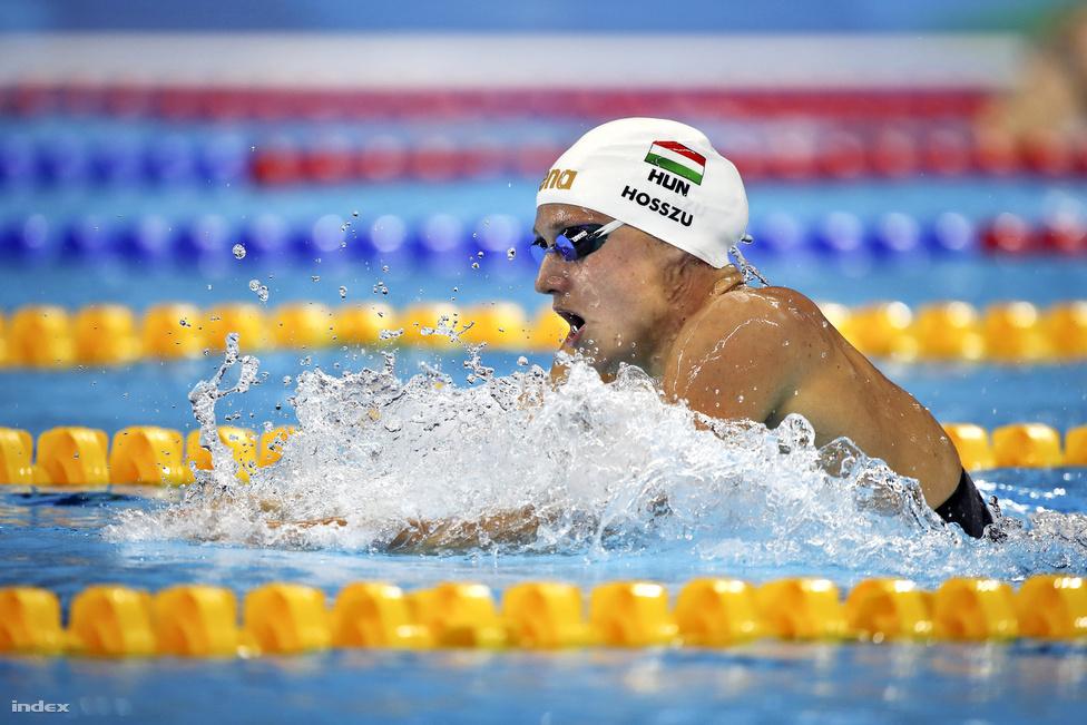 Hosszú Katinka, aki három aranya mellett egy ezüstérmet is begyűjtött a riói olimpián, így a legeredményesebb magyar sportoló lett. 400 méter vegyesen elképesztő világcsúcsot úszott.