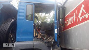 frontális kamionbaleset1