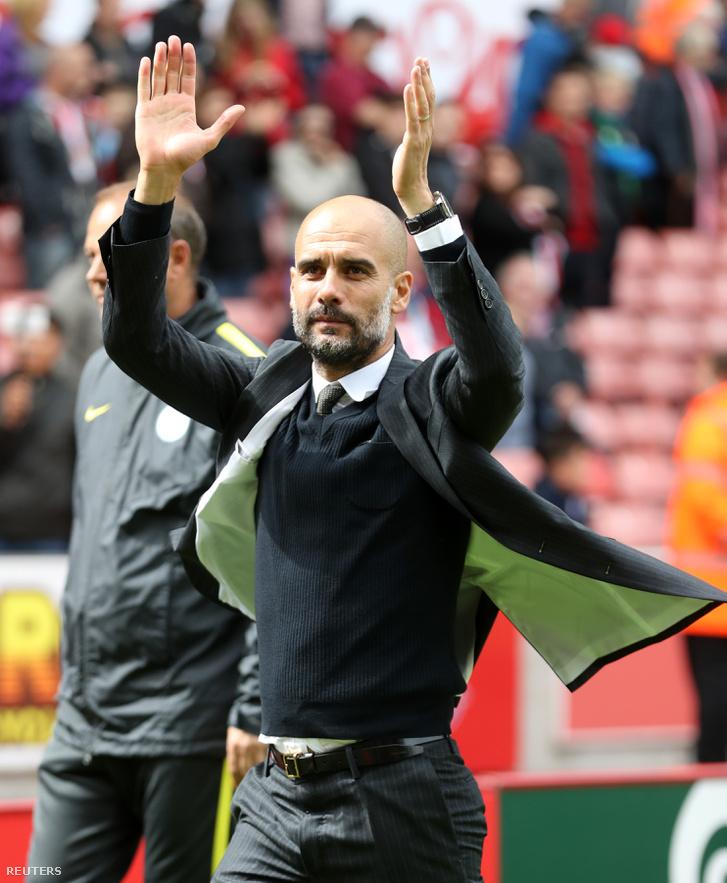 Guardiola Stoke-ban a drukkereket tapsolja meg