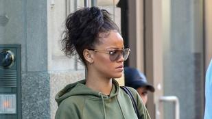 Rihanna olyan nyugodtan sétálgat a nyílt utcán, mintha a Sziget meg se történt volna