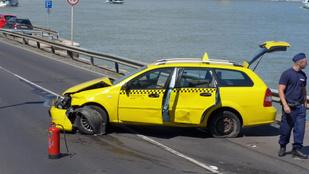 Taxis hiéna volt a rakpartig menekülő férfi