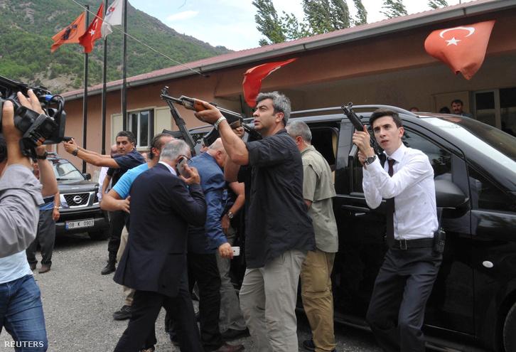 2016-08-25T143135Z 45999383 S1BETXMHFZAA RTRMADP 3 TURKEY-SECURI