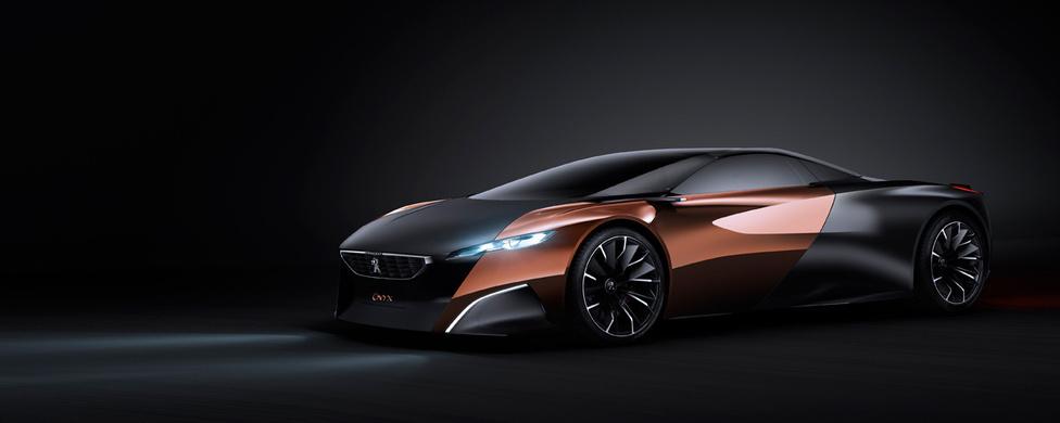 Peugeot Onyx, 2012: Agresszív, szuperautós kinézetű a Peugeot tanulmánya, az Onyx. Láttunk már hasonlót, de a szépen húzott élek és a markáns orr igazán kívánatosság teszi ezt a lapos tepsit.  A fényes, natúr rézből és a matt fekete szénszálas műanyagból készült kaszni színbeli és anyagbeli kontrasztja teszi a látványt igazán mellbevágóvá. A szúrós tekintetű Peugeot Sandeep Bhambra munkája.