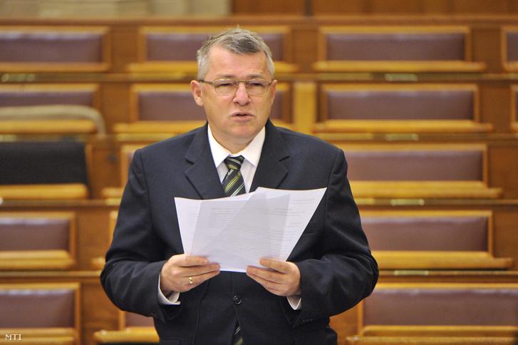 Szabó Zsolt az Országgyűlésben.