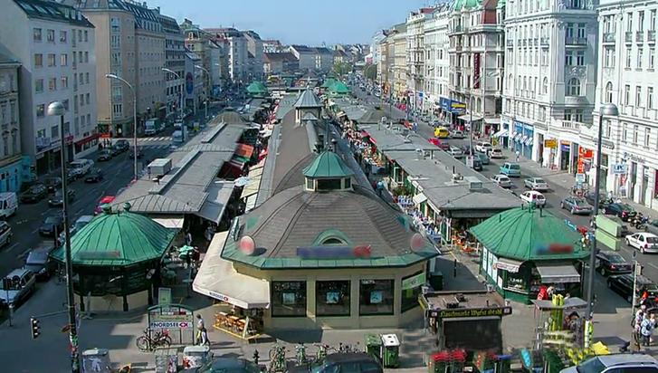 zeitraffer stadt naschmarkt.png