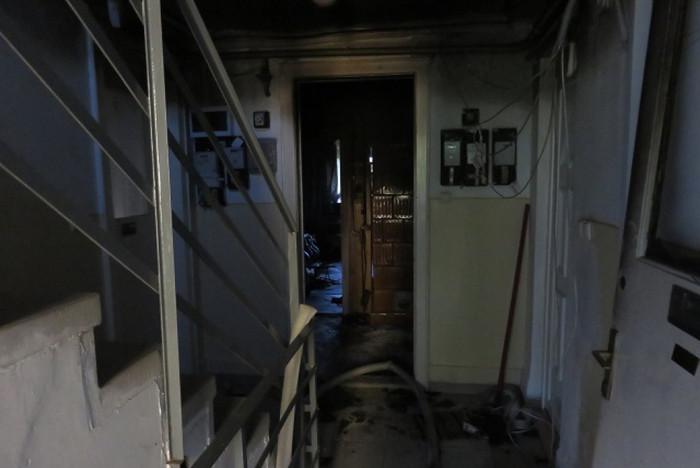 Az épület váratlanul gyulladt ki, többen bentrekedtek