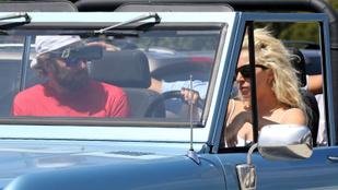 Lady Gaga Bradley Cooperrel autókázott Malibuban
