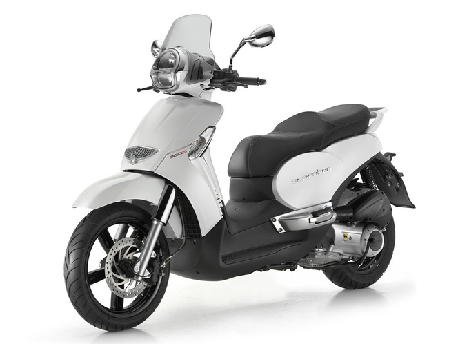 aprilia-scarabeo-300-special-1