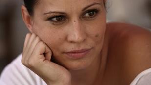 Hírek sajtos masni mellé: Pikali Gerda megkapta Vajna Tímea gyémántját