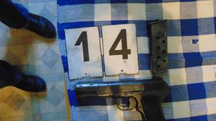Egy kisebb fegyverarzenált foglaltak le Nőtincsen
