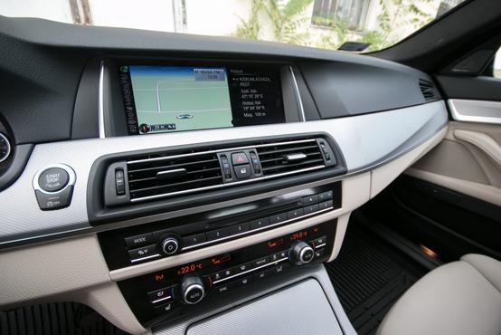 Vajon eljön a nap, amikor a BMW érintőképernyőt tesz az 5-ösbe?