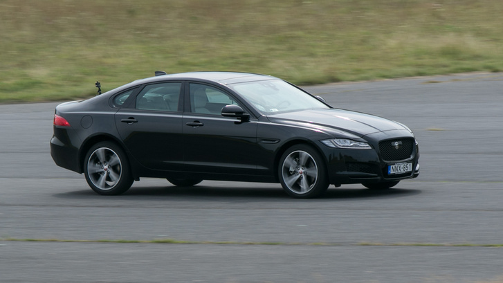 Vezetni a Jaguart a legjobb, nem kérdés
