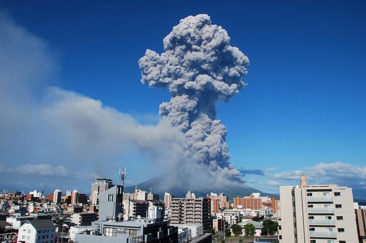 A vulkán már 2013-ban - a kép készítésének idején is aktív volt