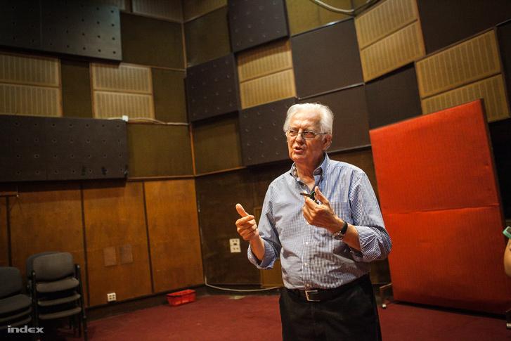Kósa Endre 1970-től dolgozott a stúdióban.