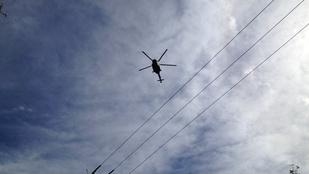 Két kisrepülő ütközött egymással Gödöllőn, négyen meghaltak