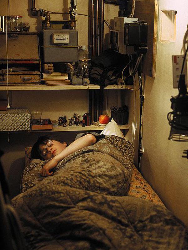 Daniel Radcliffe, vagyis Harry Potter a lépcső alatti szekrényben