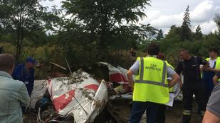 Hangfelvétel van arról, hogy figyelmezették a Gödöllőnél lezuhant egyik pilótát