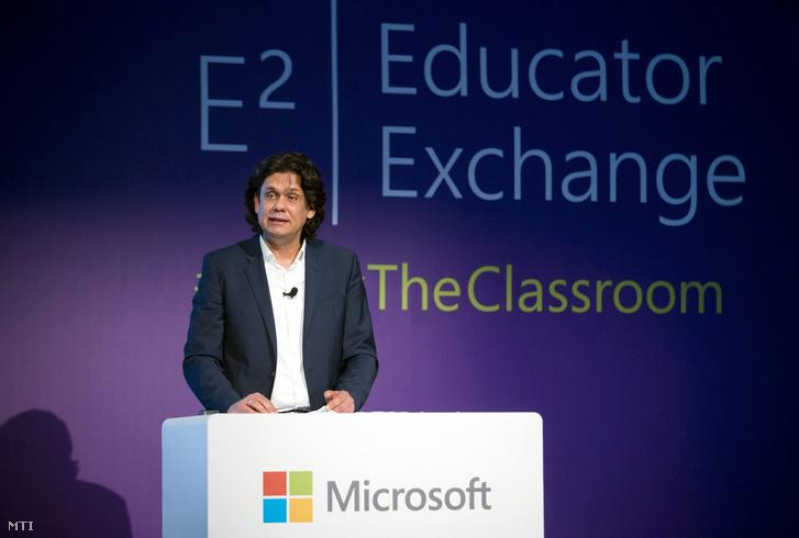 Deutsch Tamás a Microsoft E2 - Global Educator Exchange elnevezésû nemzetközi oktatói konferencián