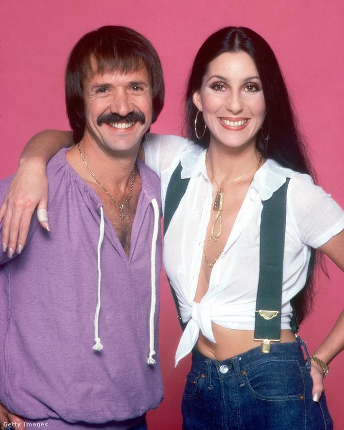 Cher egy 2008-as interjúban beszélt arról, hogy első férje, Sonny Bono is szcientológus volt, az énekesnő viszont semmit sem értett ebből az egészből, úgyhogy hidegen hagyta a dolog