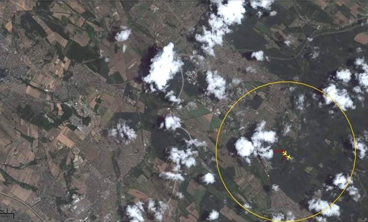 Az elsődleges információk szerint a gépek a levegőben, szemből ütköztek össze, miközben a Cessna leszálláshoz készült, a Piper pedig a felszállást követően emelkedőben volt.