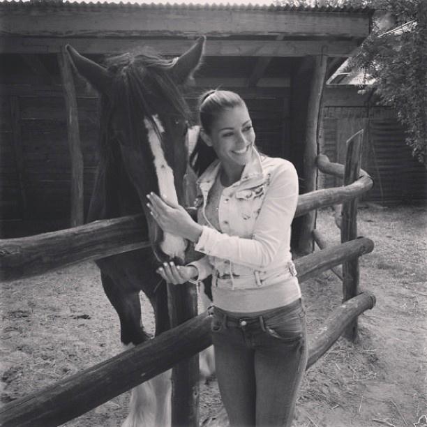 Kulcsár Edina tuti tippe az Instagram oldal indításához: pózolj lóval!