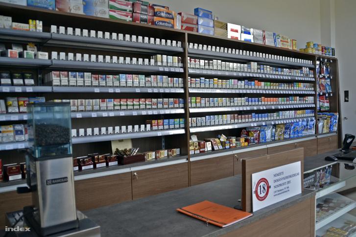 A dohánytermékek forgalmazásának megszüntetése sok kisebb boltnak komoly bevételkiesést jelentett