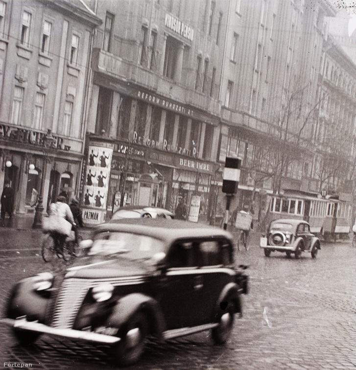A Windsor Pensio 1940-ben, amikor a Vilmos császár úton még járt a villamos