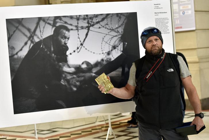 Warren Richardson, a díjazott fotós a nyertes képpel