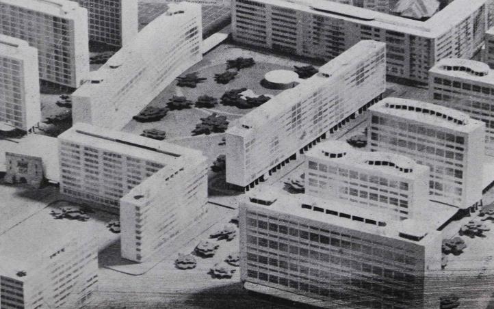 Balra alul a Klauzál tér, az íves épület mögött a Dob utca, jobbra lenn a Király utca. A széles sugárút átlósan, a régóta tervezett, de soha meg nem valósult Madách út