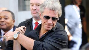 Jon Bon Jovi haja mióta FEHÉR?!