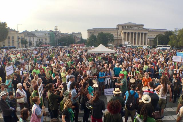 Ligetvédők tüntetése Budapest fáiért