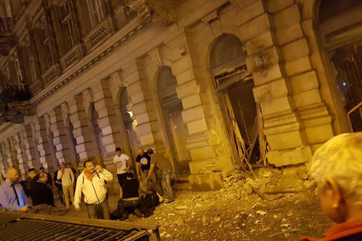 Szombaton késő este robbanás történt egy Teréz körúti ház üres üzlethelyiségében