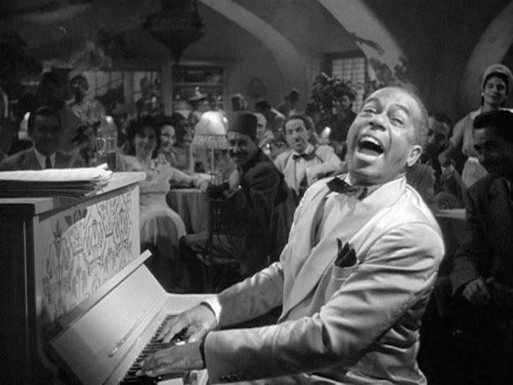 A Samet alakító Dooley Wilson, aki nem tudott zongorázni