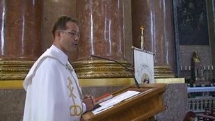 Ez a magyar pap akár az X-Faktorban is indulhatna
