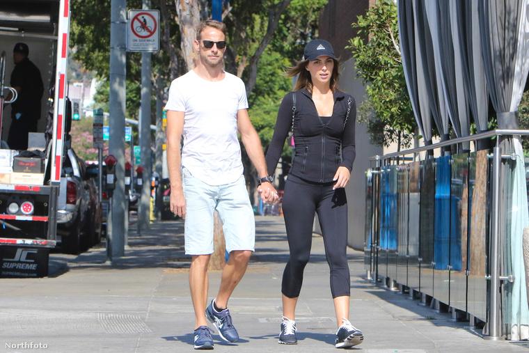 A Forma 1-es pilóta és Playboy-modell barátnője elmennek edzeni