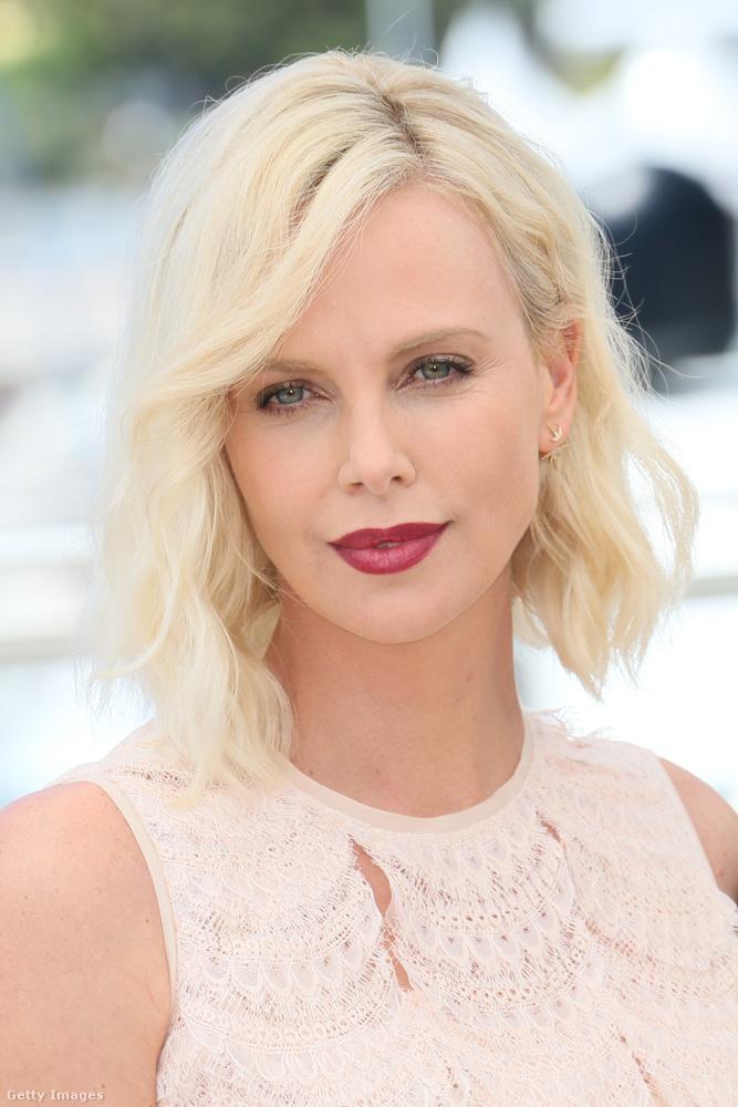 Az Oscar-díjas színésznőt már láthattuk pármiliméteresre vágott hajjal a Mad Max - A harag útja című filmben.