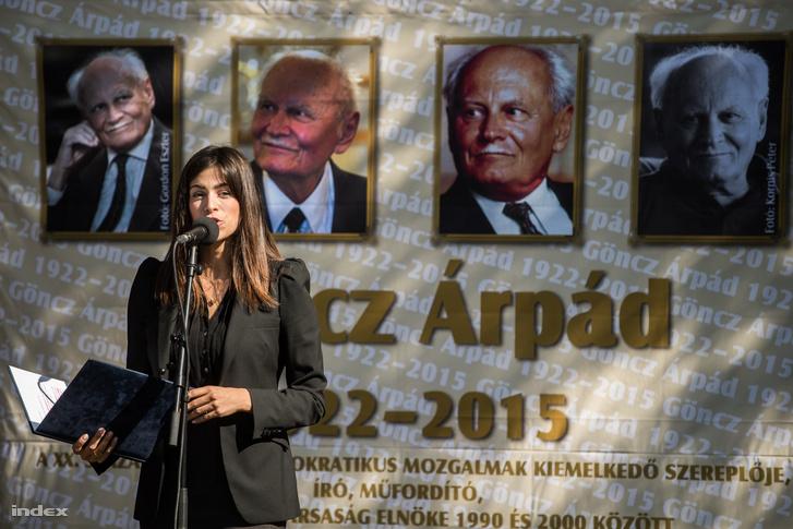 Szalay-Bobrovniczky Alexandra