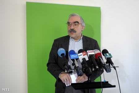 Bokros Lajos sajtótájékoztatót tartott a Képviselői irodaházban (Fotó: Kovács Attila/MTI)