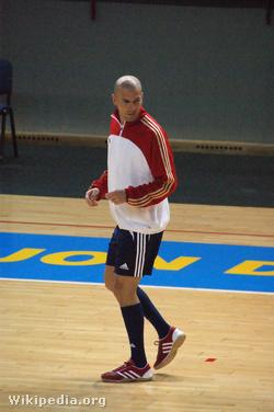 Zidane a futsalpályán