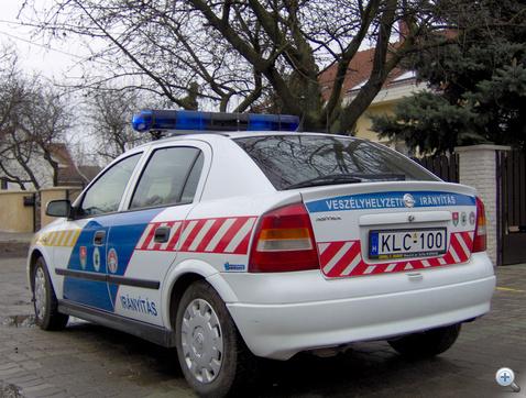A megfúrt gyáli polgárőr autó dizájnja