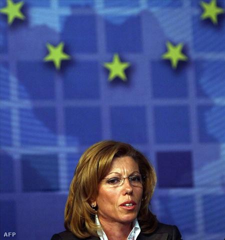 Rumjana Zseleva 2009. június elsején egy szófiai sajtóértekezleten (Fotó: Gergana Kosztadinova)