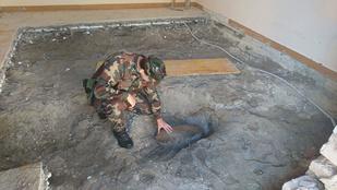 Valaki eddig ezzel a 65 kilós bombával élt a Rákos úton