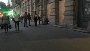 Öt nap után tért vissza a Teréz körúti robbantás helyszínére a hajléktalan