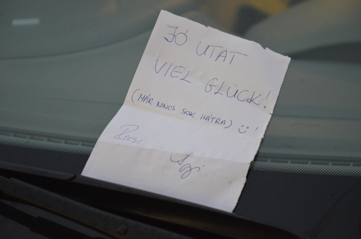 Bár az országhatáron kívül autóztunk, sokfelé találkoztunk totalcar olvasókkal, vagy csak az üzeneteikkel. Most remélhetőleg még több, az utunkat követő emberrel beszélhetünk
