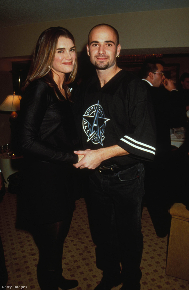 Brooke Shields színésznő és a teniszező Andre Agassi is a kilencvenes évek egyik sztárházaspárját alkották, de házasságuk mindössze két évet bírt ki