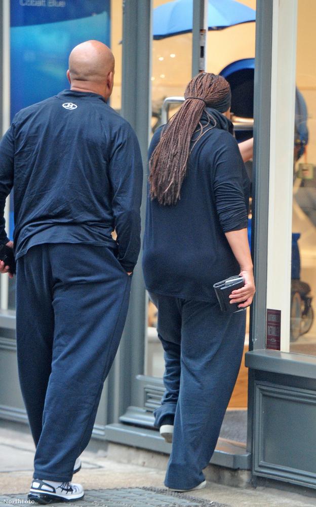 Londonban azonban nem tudta megúszni, hogy vásárlás közben lefotózzák, ezért ön is megbizonyodhat afelől, hogy mennyire megváltozott az elmúlt hónapokban.
