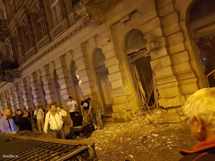 A robbantást követő percekben készült felvétel a helyszínről